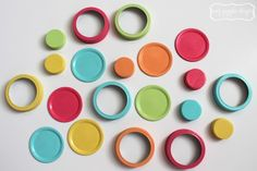 Painted Mason Jar Lids for Craft Room | www.amygigglesdesigns.com