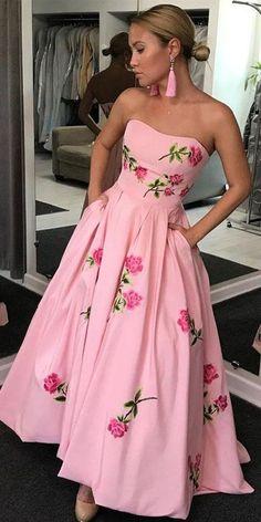 Formal Prom Dresses, Ball Gown Sweetheart Pink Satin Prom Dress with Appliques Pockets Whether you prefer short prom dresses, long prom gowns, or high-low dresses for prom, find your ideal prom dress for 2020 Pageant Dresses For Teens, Prom Dresses Long Pink, Prom Dresses With Pockets, Elegant Bridesmaid Dresses, High Low Prom Dresses, Tulle Prom Dress, Cheap Prom Dresses, Pretty Dresses, Party Dress