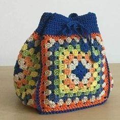 Transcendent Crochet a Solid Granny Square Ideas. Inconceivable Crochet a Solid Granny Square Ideas. Crochet Purse Patterns, Crochet Tote, Crochet Handbags, Crochet Purses, Love Crochet, Crochet Crafts, Crochet Baby, Knit Crochet, Crochet Shell Stitch