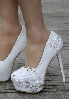 high heels – High Heels Daily Heels, stilettos and women's Shoes Older Women Fashion, Womens Fashion, Wedding High Heels, Stiletto Heels, Shoes Heels, Sequin Wedding, Flower Shoes, Floral Heels, Autumn Fashion Casual
