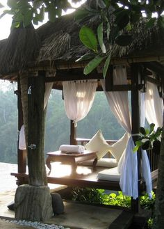 Cabana style daybed in the jungle.