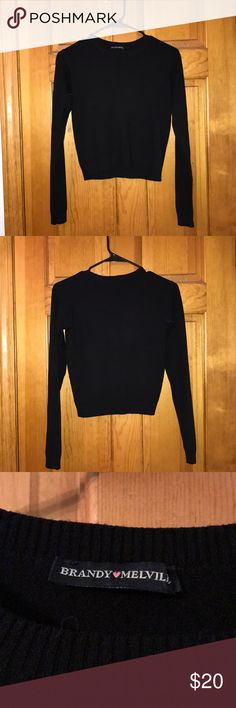 "Black long sleeve crop top NEW WITHOUT TAGS!! From brandy Melville. NEVER WORN!!! The tag said ""one size fits all"" I'd say it's a medium. The material is cotton and does stretch. Super soft and very clean.  ✅Bundle discount 🐱🐶Home with pets 🚭Smoke Free Home 🚫No Holds 🚫No Trades 🚫No ""lowest"" please use offer button⬇️ Brandy Melville Tops Crop Tops"