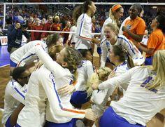 Gators survive, advance to national volleyball semifinals - GatorSports.com