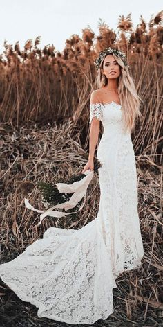 White wedding dress. Brides dream about finding the most appropriate wedding, but for this they need the most perfect bridal dress, with the bridesmaid's outfits actually complimenting the wedding brides dress. Here are a number of tips on wedding dresses. #weddingdress