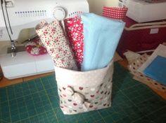 La-caprichosa-mis trabajos: Practica y bonita cesta, para las telas e hilos!!