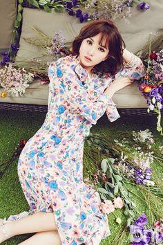 Photo album containing 8 pictures of Eunha Kpop Girl Groups, Korean Girl Groups, Kpop Girls, Bubblegum Pop, Snsd, Jung Eun Bi, G Friend, Girl Bands, Mamamoo