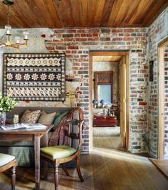 Cozy Breakfast Nook Ideas That Will Fit Any Style, Size, or Budget French Country Kitchens, French Country Style, French Country Decorating, Breakfast Nook Curtains, Corner Breakfast Nooks, Corner Nook, Charleston Homes, Dining Nook, Banquette Dining