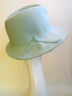 d48929e05d0 Dorothea s Closet Vintage Clothing Vintage Hats Vintage Accessories.  Headband VeilHeadbandsHat ...