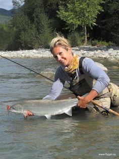 http://drowningworms.com/big-steelhead-fly-fishing-girls/