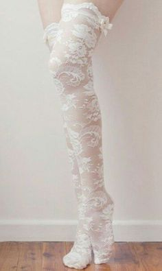 I love these lace socks. They would be perfect with all my other knee high/ thigh high socks lol Moda Lolita, Lolita Mode, Kawaii Fashion, Lolita Fashion, Gothic Fashion, Style Lolita, Lace Socks, Boot Socks, Lace Tights