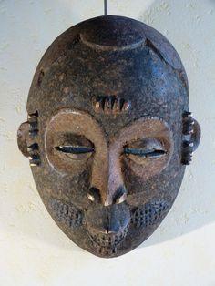 Antique for sale Ogoni mask african sacrificial patina Mask Head Sculpture Fine arts architecture