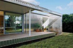 Image 6 of 15 from gallery of Yolk House / Pac Studio. Photograph by David St George Indoor Outdoor Living, Outdoor Decor, Studio Floor Plans, Aluminium Cladding, Open Space Living, Prefab Homes, Old Houses, Bungalow, Facade