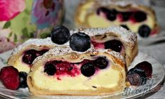 Tvarohový závin s ovocem | NejRecept.cz Czech Recipes, Strudel, Vegan Butter, Vegan Breakfast, Desert Recipes, Spice Things Up, Blueberry, Sweet Tooth, Cheesecake