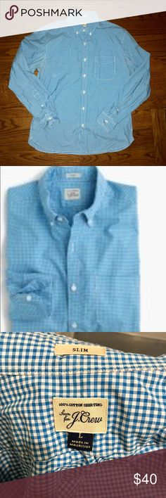 J. CREW SLIM SECRET WASH GINGHAM SHIRT SIZE L SIZE & FIT Slim fit, cut more narrowly through the body and sleeves. PRODUCT DETAILS This is the shirt every guy needs in his summer arsenal—a versatile no-brainer that can be worn with just about everything.  Cotton. Button-down collar. Machine wash.  Color is azure and pattern is gingham   VERY LIGHTLY USED WORN ONLY A HANDFUL OF TIMES MINT CONDITION! J. Crew Shirts Casual Button Down Shirts