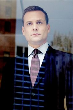Trajes Harvey Specter, Harvey Specter Suits, Suits Harvey, Serie Suits, Suits Tv Shows, Gabriel Macht, Suits Usa, Mens Suits, Red Band Society