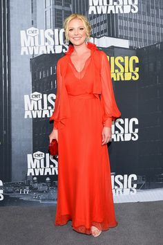 Katherine Heigl in Lanvin Pre-Fall 2017 - Every Look from the 2017 CMT Music Awards - June 2017