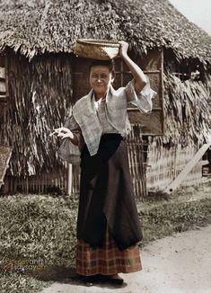 Filipino lady, Pandacan, Manila, Philippines, early C… Filipino Art, Filipino Culture, Philippines Culture, Manila Philippines, Philippines Dress, University Of California Riverside, Filipino Fashion, Philippine Holidays, Filipina Girls
