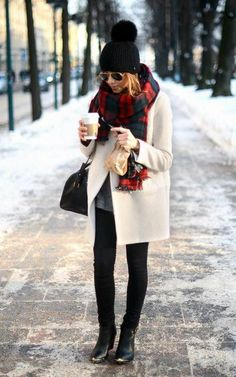 How to Style With Winter Coat Outfit http://www.ferbena.com/style-winter-coat-outfit.html