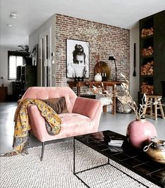 Inspirational ideas about Interior Interior Design and Home Decorating Style for Living Room Bedroom Kitchen and the entire home. Curated selection of home decor products. Indian Living Rooms, Living Room Modern, Living Room Bedroom, Home And Living, Living Room Decor, Living Spaces, Dining Room, Loft Interior, Beauty Room Decor