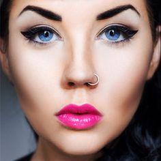 Pink lips Blue eyes