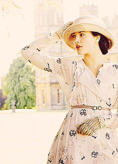 Mrs Tom Branson Ugh soooo sad wat happens to her! Jessica Brown Findlay, Downton Abbey, Sybil Downton, Lady Sybil, Lady Mary, Love Hat, Vicar Of Dibley, Role Models, Life Is Good