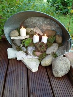 Zinkwanne terassendeko Maybe replace the candles with fairy garden thjngs … Garden Crafts, Garden Projects, Diy Garden, Garden Ideas, Herb Garden, Garden Pots, Outdoor Projects, Outdoor Decor, Outdoor Living