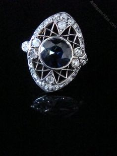 The ring is set in YELLOW GOLD AND PLATINUM ( not hallmarked but tested as such). This is an original period piece on the cusp of the Edwardian to Art deco era. Sapphire Diamond, Blue Sapphire, Edwardian Ring, Antique Diamond Rings, Art Deco Era, Antique Jewelry, Gemstones, Antiques, Jewelry Box