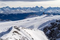 """In October 2014 the """"Peak Walk by Tissot"""" at the very summit of """"Glacier was opened: a spectacular 107 Meter long suspension bridge! Gstaad Switzerland, Suspension Bridge, Swiss Alps, Walking By, Photos, Pictures, Mount Everest, Skiing, World"""