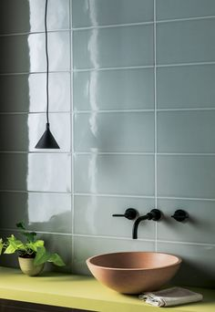 Discover our Pigment Light Grey Gloss Ceramic Tile. With cool tones & a modern feel, these light grey ceramic metro wall tiles are available to buy online. Rustic Bathroom Decor, Bathroom Styling, Bathroom Renovations, Home Renovation, Bathrooms, Picture Room Decor, Mandarin Stone, Outdoor Tiles, Ceramic Wall Tiles