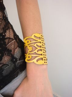 Yellow leather cuff bracelet laser cut filigree di EmilydeMolly