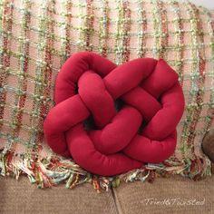 Celtic Knot Heart Pillow ... so interesting! :)