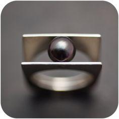 Tahiti Black Pearl queue rivetée anneau taille 9 par SaraLagace
