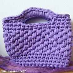 Háčkovaná kabelka fialová