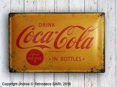 Plaque décorative bombée jaune Drink Coca-Cola, Nostalgic Art Coca Cola, Nostalgic Art, Coke, Decoration, Bar, Drinks, Bottle, Decorative Plates, Yellow
