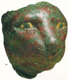 Cat-goddess Bastet - Bronze Egypt c. 600 B. Cats In Ancient Egypt, Ancient Egyptian Art, Ancient History, Egyptian Cats, Art Premier, Art Sculpture, Cat Statue, Delphine, Ancient Artifacts