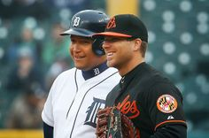 The Oakland Press Blogs: Out of Left Field: Miguel Cabrera reaches 2,000-hit plateau in fashion, with a HR