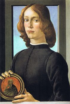 Sandro Botticelli - Portrait of a young man with medaillon