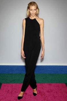 Anja Rubik in Stella McCartney http://www.vogue.fr/mode/look-du-jour/articles/anja-rubik-en-stella-mccartney/22978