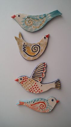 Most current Screen clay ornaments bird Concepts . inspiration for stone painti. Most current Screen clay ornaments bird Concepts . inspiration for stone painting aa – aa Inspir Clay Birds, Ceramic Birds, Ceramic Clay, Ceramic Pottery, Pottery Art, Ceramic Wall Art, Diy Clay, Clay Crafts, Fimo Disney