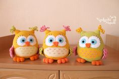 Etsy の Crochet toy pattern Colorful owl PDF by MyCroWonders