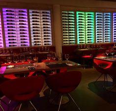 Si no tienes planes para tu noche, nosotros somos tu plan.  #mirandoalmar #restaurant #maremagnum #comida #terraza #encantador #food #bcn