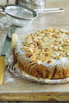 Torta di nocciole - hazelnuts cake http://easyitalianrecipes.org/