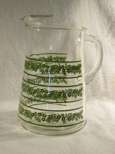 Vintage Pyrex Spring Blossom Crazy Daisy Full by thetrendykitchen, $29.99