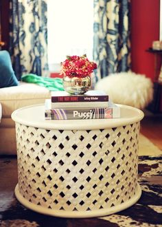 cute coffee table styling // love this!