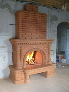 Brick Fireplace Makeover, Stove Fireplace, Fireplace Design, Small Dream Homes, Brick Construction, Outdoor Furniture Plans, Brick Architecture, Brick And Stone, Brickwork
