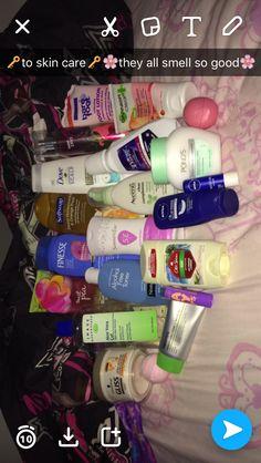 vaseline use skin care Lip Care, Facial Care, Body Care, Skin Tips, Skin Care Tips, Beauty Care, Beauty Skin, Beauty Stuff, Beauty Hacks