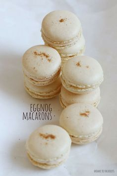 Eierlikör Macarons | Bake to the roots