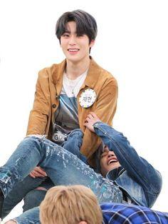 Couple With Baby, Lucas Nct, Jung Jaehyun, Jaehyun Nct, Nct Taeyong, Kpop Guys, Cha Eun Woo, Ji Chang Wook, Future Boyfriend