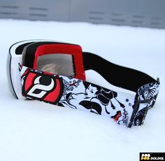 .1617 DEMON DS9004 F026 LEGEND DMK.J X DEMON LTD Collaboration designed by doldol. #Snowboard #skateboard #sk8 #longboard #surf #돌돌컴퍼니 #hiphop #boardkorea #스노우보드고글  #스노우보드 #그래피커 #tattoo #extremesports #goggles #Dmk #demon #휘팍 #돌돌디자인 #몽블랑 #힙합 #bike#캐릭터디자인 #character #고글추천 #데몬 #doldoldesign #캐릭터디자인 #graffitiart