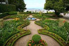 jardin con fuente